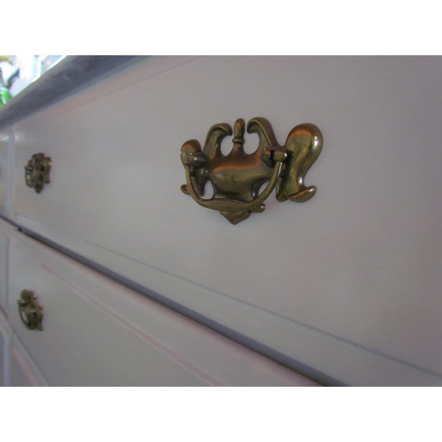Painted White and Brass 6-Drawer Dresser - Image 5 of 6