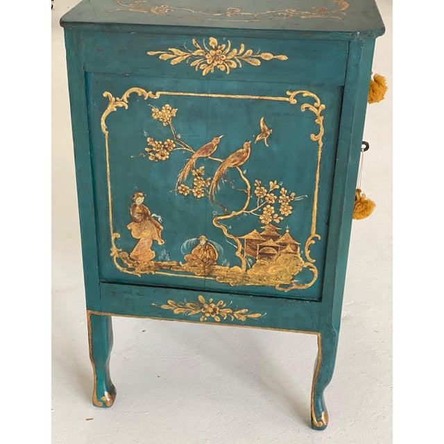 18th C. Venetian Chinoiserie Commode For Sale - Image 4 of 11