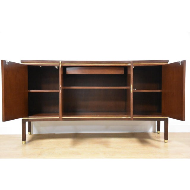 Edward Wormley for Dunbar Curved Credenza - Image 4 of 11