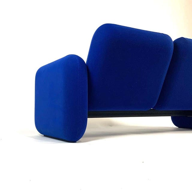 "Blue Iconic Modern Design 1970s ""Chiclet"" Sofa Settee by Ray Wilkes for Herman Miller For Sale - Image 8 of 13"