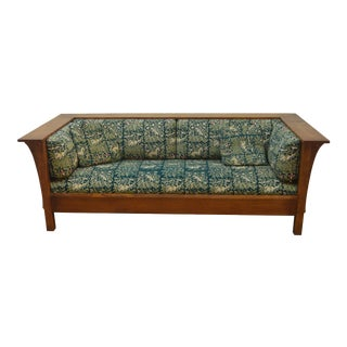 Late 20th Century Stickley Mission Solid Oak Settee For Sale