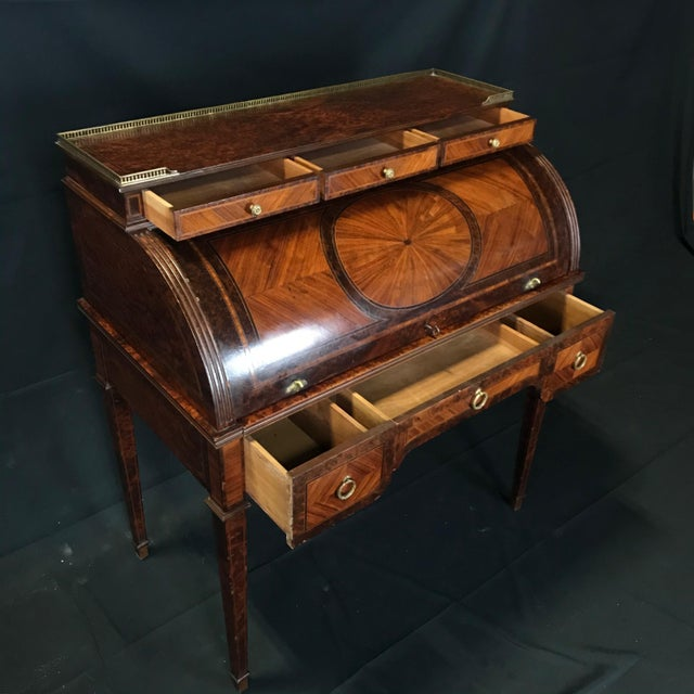 French Antique 19th Century Louis XVI Cylinder Bureau Rolltop Desk For Sale - Image 3 of 8