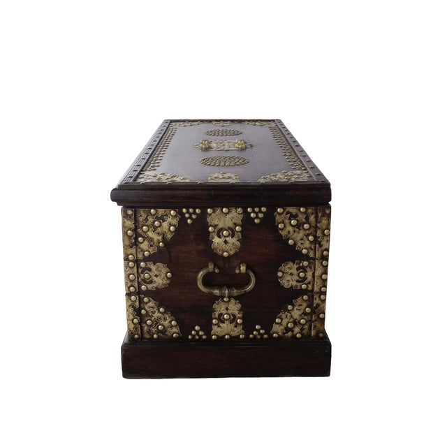 Royal Antique Style Treasure Trunk Coffee Table - Image 2 of 6