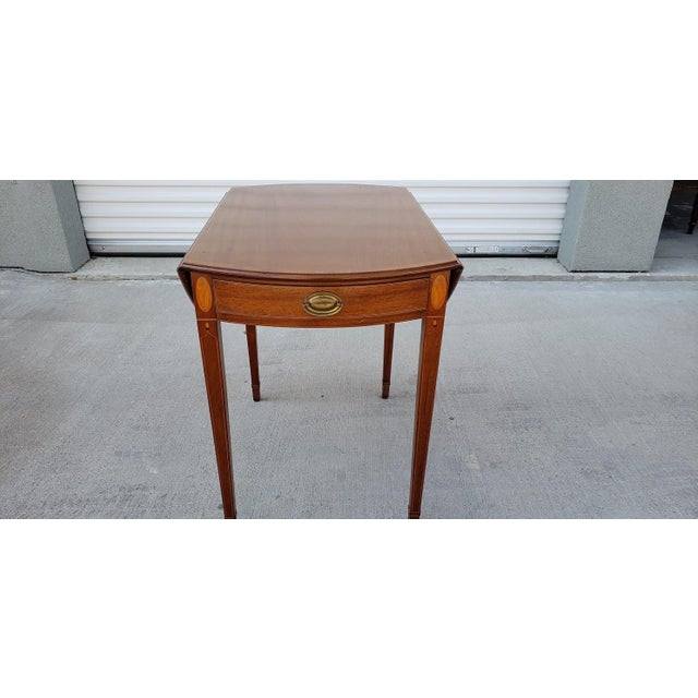 1950s 1950s Mid-Century Modern Biggs Mahogany Pembroke Drop Leaf Side Table For Sale - Image 5 of 13
