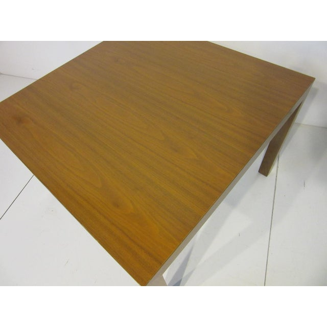 Mid-Century Modern Edward Wormley for Dunbar Walnut Lamp / Side Table For Sale - Image 3 of 9