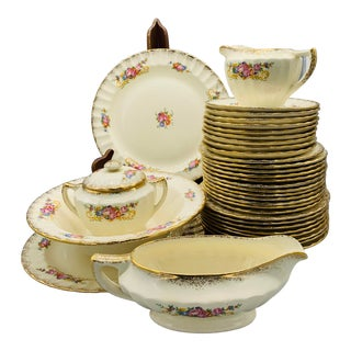 1940s Edwin Knowles Floral Dinnerware With Gold Trim - Set of 37 Pieces For Sale