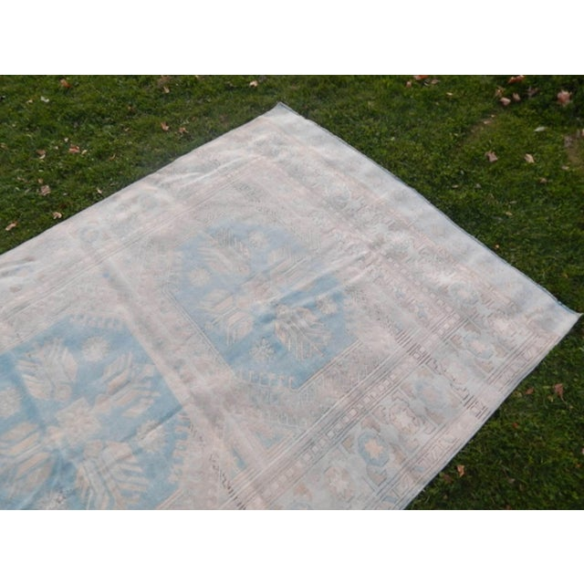 1970s Vintage 1960s Anatolian Geometric Distressed Kars Wool Oushak Rug For Sale - Image 5 of 13