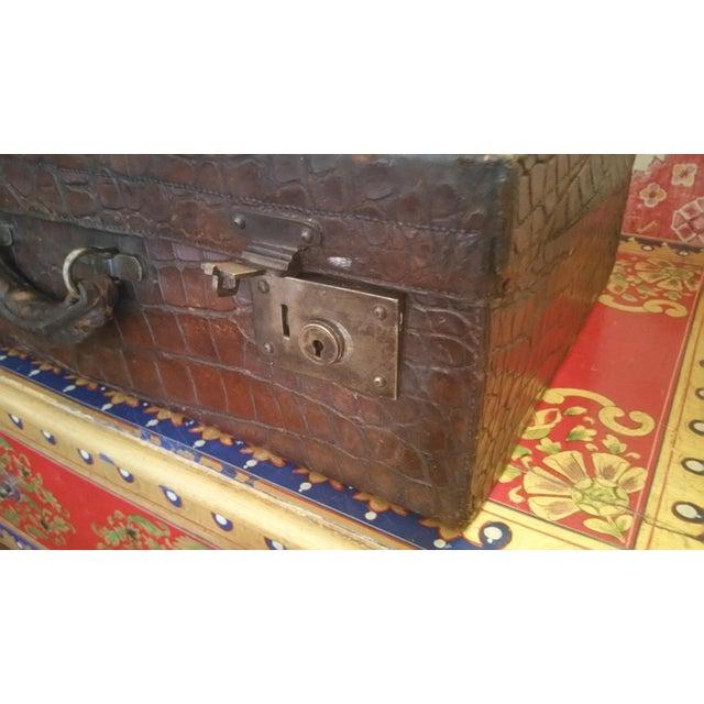 Alligator 19th Century Alligator Suitcase For Sale - Image 7 of 7