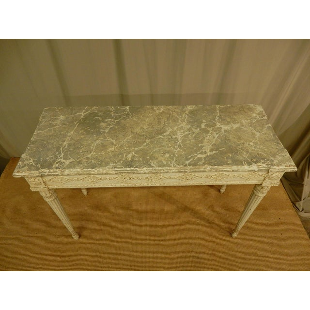 Vintage Louis XVI Style Painted Console For Sale In New Orleans - Image 6 of 7