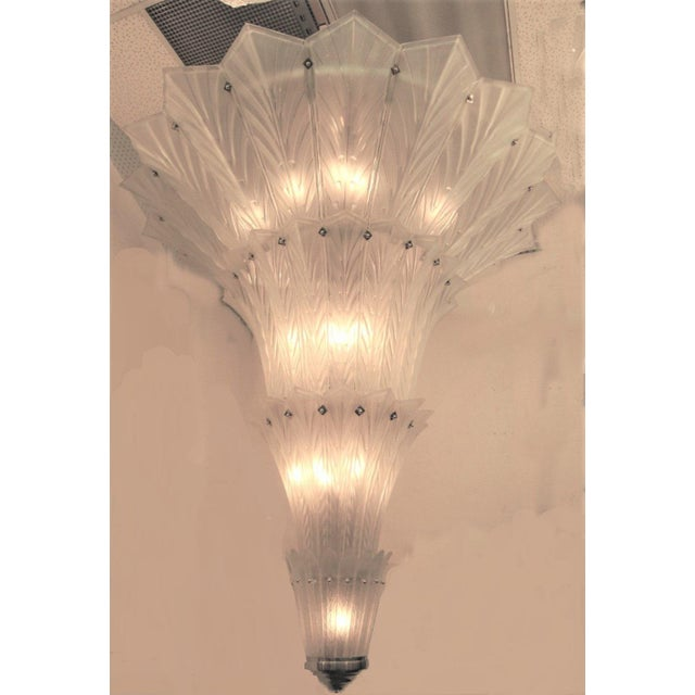 White Palatial, Gigantic French Art Deco Art Glass Chandelier by Sabino For Sale - Image 8 of 13