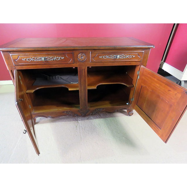 Late 20th Century Drexel Heritage Continental Style Commode For Sale - Image 5 of 9