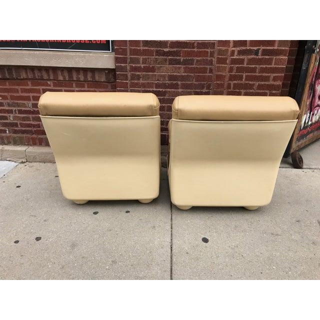 Mario Bellini Vintage Mid Century Modern Mario Bellini for B&b Italia Amanta Chairs Newly Upholstered - Set of 2 For Sale - Image 4 of 7