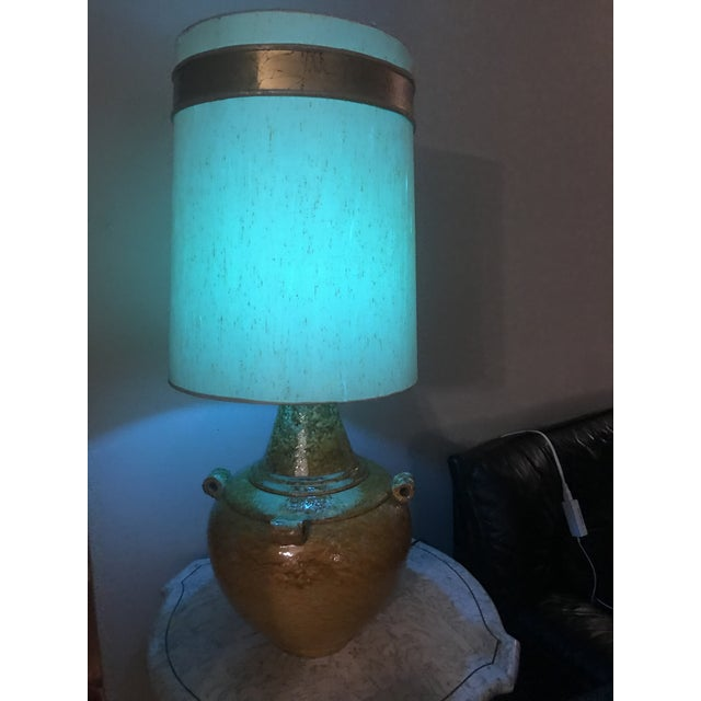Metal Mid Century Mustard Yellow Lava Glaze Pottery Lamp For Sale - Image 7 of 9