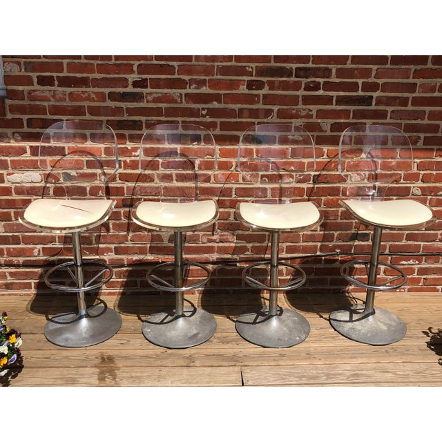 1970s Mid-Century Modern Hill Manufacturing Lucite Bar Stools - Set of 4 For Sale - Image 10 of 10