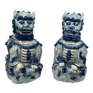 Pair of Giant Foo Dog Jars Blue & White Chinoiserie For Sale