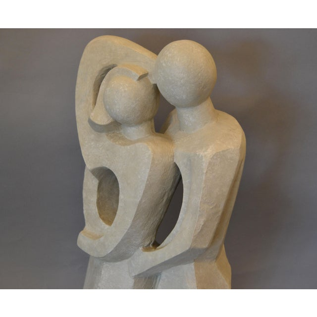 1990s Modern Abstract Geometric Embracing Loving Couple Sculpture in Gray Plaster For Sale - Image 5 of 13