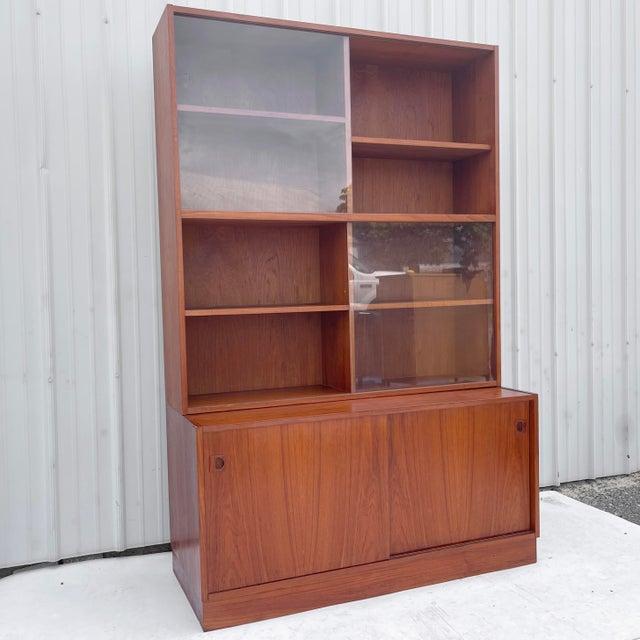 Mid-Century Teak Bookshelf With Cabinet For Sale - Image 13 of 13