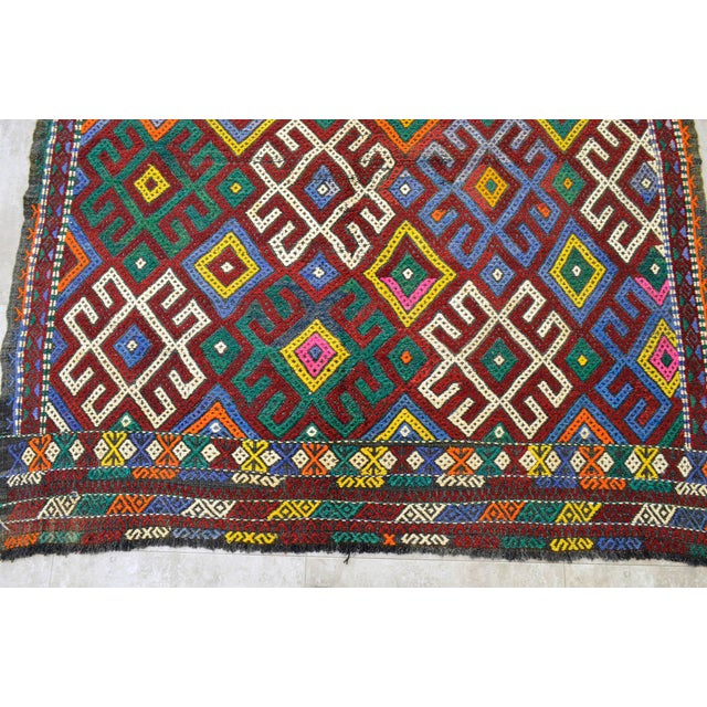 """Vintage Braided Rug. Flat Weave Area Rug - 5' 1"""" X 5' 8"""" For Sale In Raleigh - Image 6 of 9"""