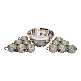 Paul Revere Reproduction Wm. Rogers Silver Plate Punch Bowl & 12 Oneida Silversmith Handled Cups - 13 Pieces For Sale