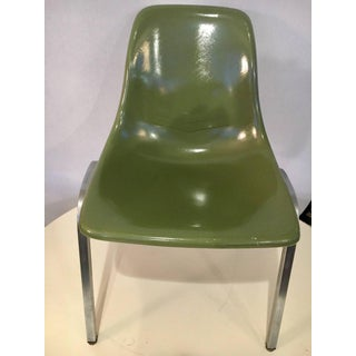 Set of Five Mid-Century Modern Howell Chicago Eames Fiberglass Chairs