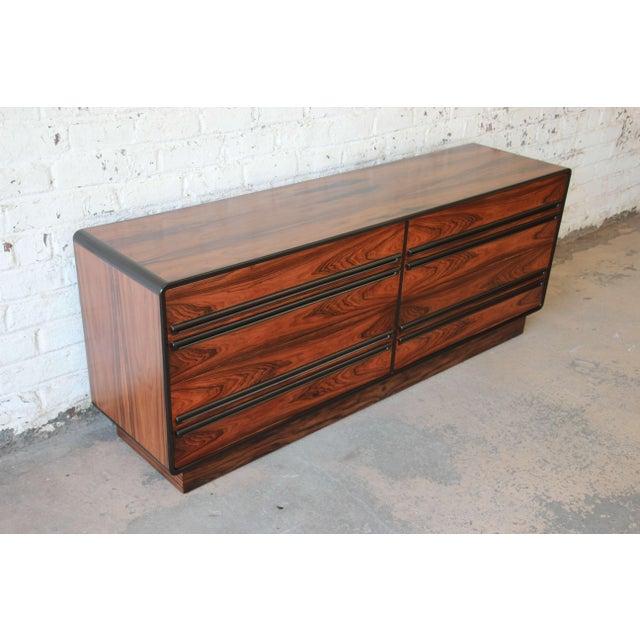 1960s Westnofa Scandinavian Modern Rosewood Long Dresser For Sale - Image 5 of 11