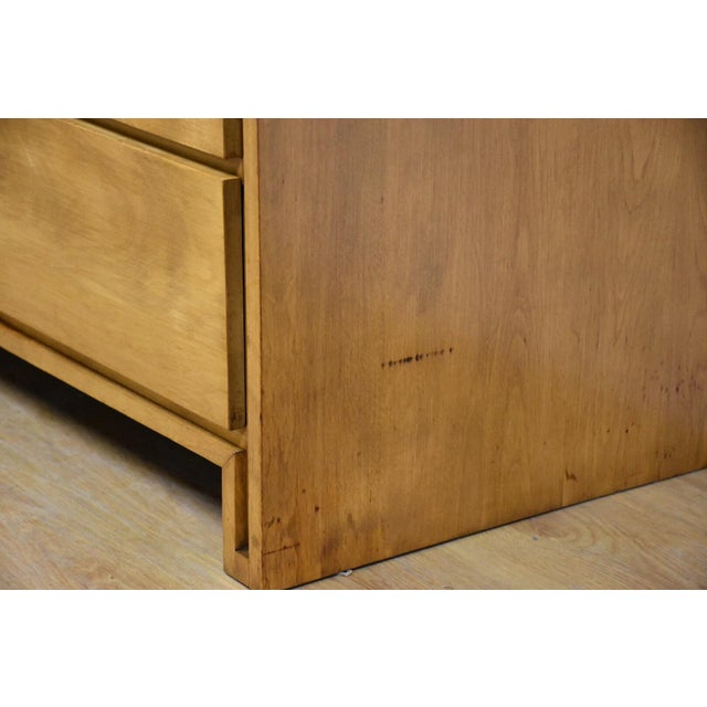 Solid Birch Dresser by Leslie Diamond for Conant Ball - Image 4 of 11