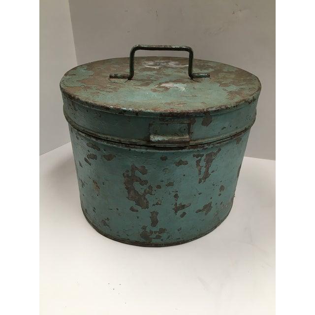 Vintage Painted Metal Oval Hat Box - Image 5 of 8