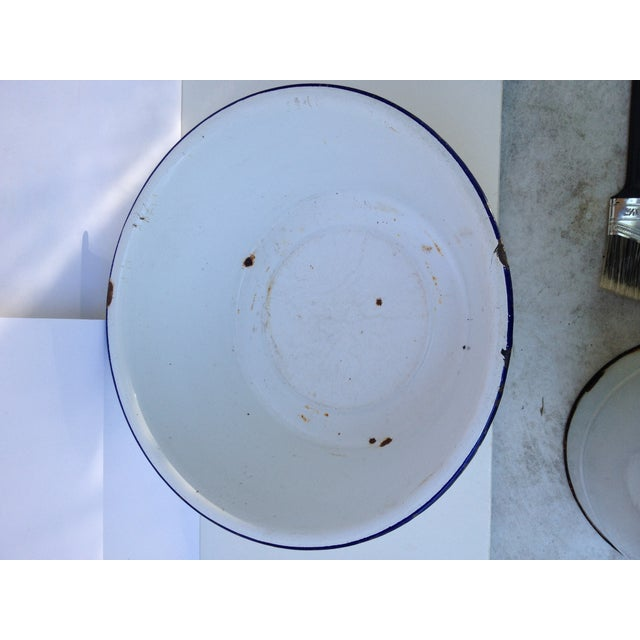 French Enamel Pitcher & Bowl Set For Sale - Image 5 of 7
