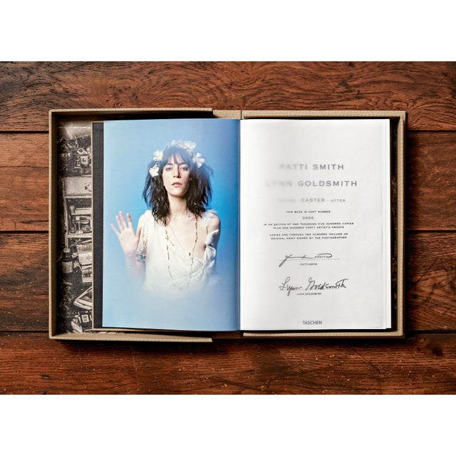 """TASCHEN """"Patti Smith"""" by Lynn Goldsmith Photography Collection Autographed Collector's Edition For Sale - Image 4 of 8"""