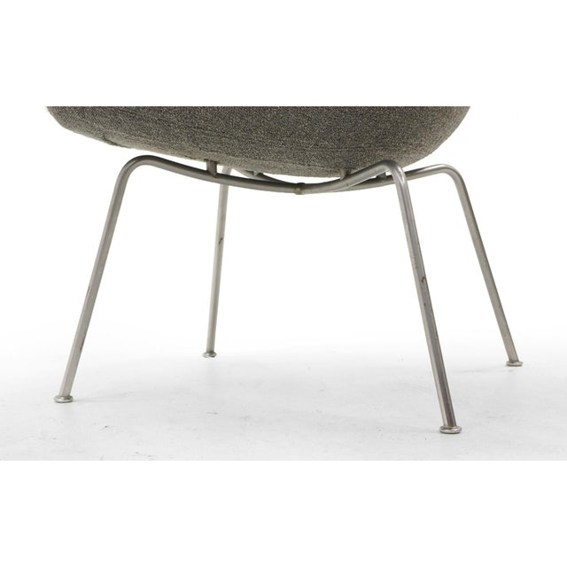 Arne Jacobsen for Fritz Hansen, Restored, Maharam Fabric Pot Chairs - a Pair For Sale In Kansas City - Image 6 of 8