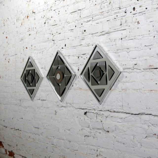 Metal Pop Art Op Art Geometric Trio of Framed Mirror Wall Sculptures by Hal Bienenfeld For Sale - Image 7 of 13