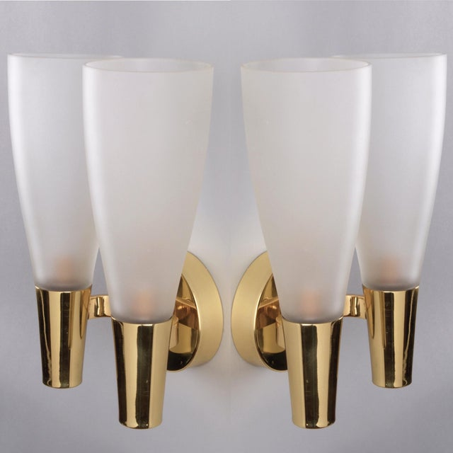 Metal Pair of Modernist Sconces by Pietro Chiesa for Fontana Arte in Bronze and Glass, Italy 1930's For Sale - Image 7 of 8