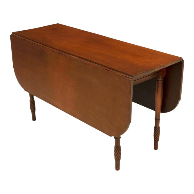 Classic American Kentucky Cherrywood Pembroke Drop-Leaf Table For Sale