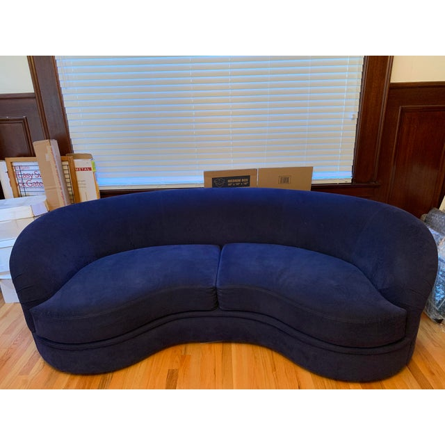 Directional Vladimir Kagan Biomorphic Kidney Bean Shaped Sofa For Sale - Image 4 of 4