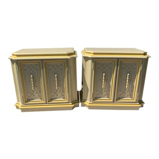 National Mt. Airy Hollywood Regency Style Two-Tone Lacquer Nightstands - a Pair For Sale