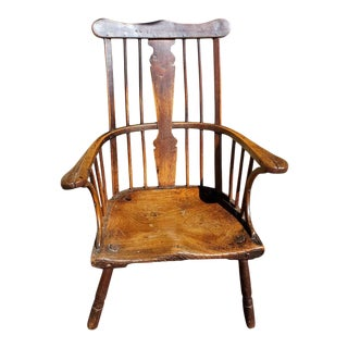 """18th Century English """"Comb-Back"""" Ash, Elm and Walnut Windsor Armchair For Sale"""