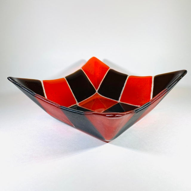 1970s Mid Century Modern Fused Art Glass Square Bowl in Red and Chocolate Brown For Sale - Image 4 of 8