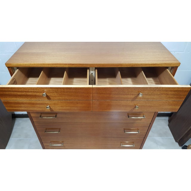 Vintage Refinished R-Way Chest of Drawers - Image 9 of 11