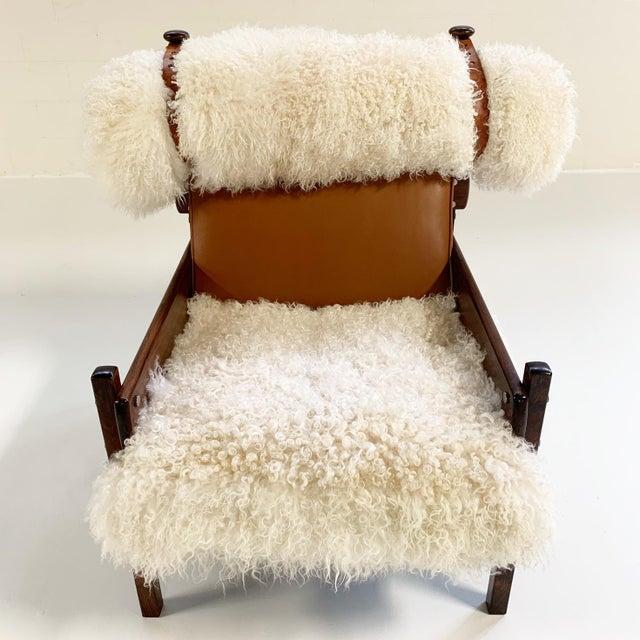 1960s Sergio Rodrigues for Oca Solid Jacaranda Tonico Chair Restored in Gotland Sheepskin and Loro Piana Italian Buffalo Leather For Sale - Image 5 of 13