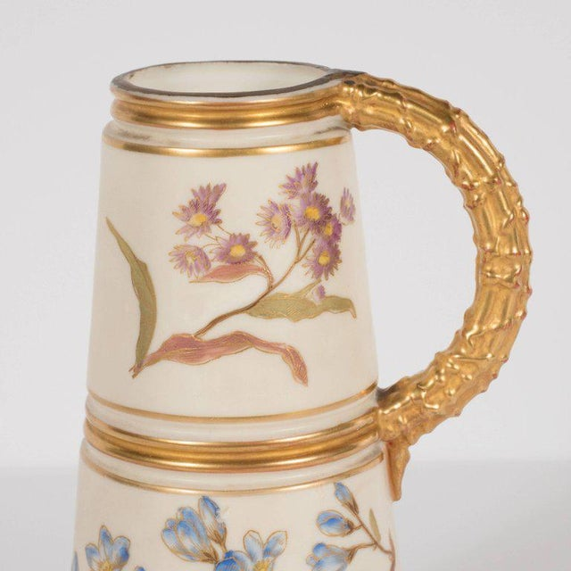 Early 20th Century Hand-Painted Gilded Art Nouveau Bonn Royal Worcester Vase with Floral Motif For Sale - Image 5 of 11