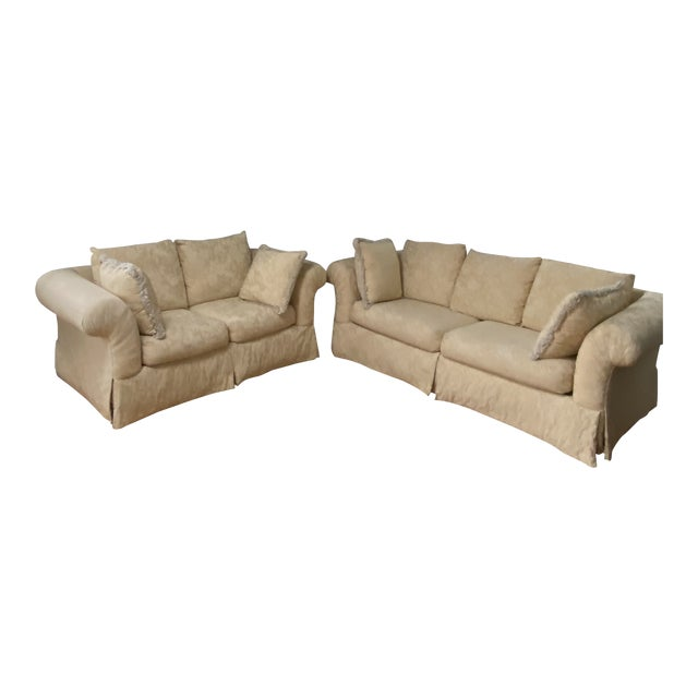 1980s Traditional Rolled Arm Sofa and Loveseat - A Pair For Sale