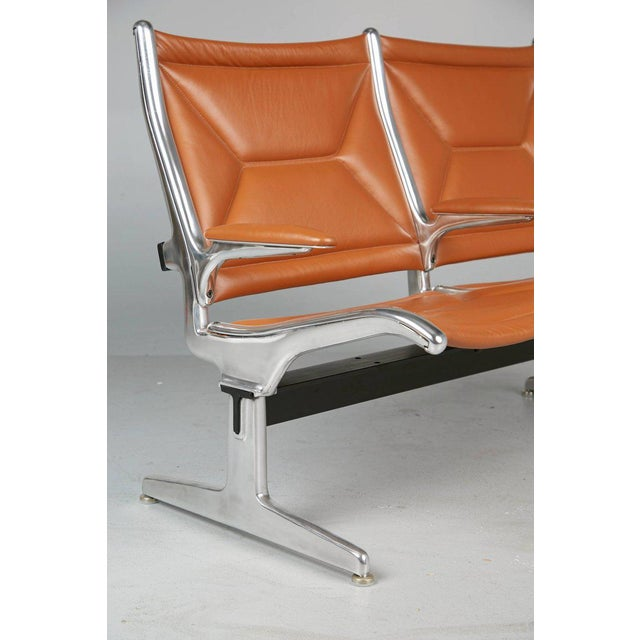 Edelman Leather Two-Seat Tandem Sling by Charles Eames for Herman Miller For Sale In Los Angeles - Image 6 of 11