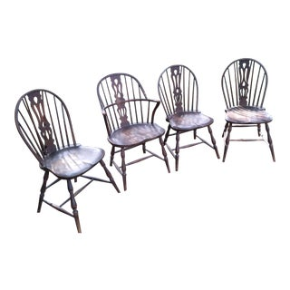19th Century Vintage Windsor Chairs- Set of 4 For Sale