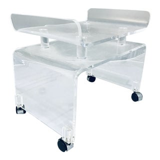 1970s Vintage Hill Manufacture Thick Lucite Vanity Bench For Sale