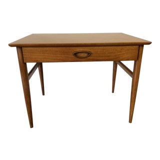 1960's Mid Century Modern Heritage Henredon Side Table For Sale