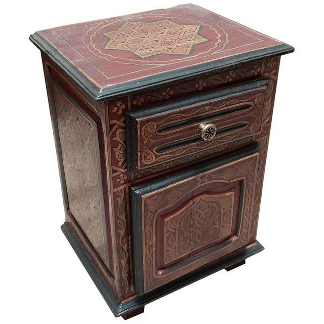 Wood 1990s Moroccan Hand Painted Wooden Nightstand For Sale - Image 7 of 7