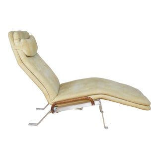 Mid Century Modernist Chaise Lounge in the Style of Kastholm Fabricus For Sale