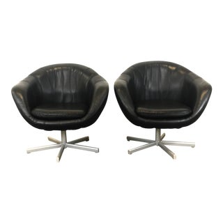 Mid Century Modern Black Leather Swivel Pod Chairs For Sale