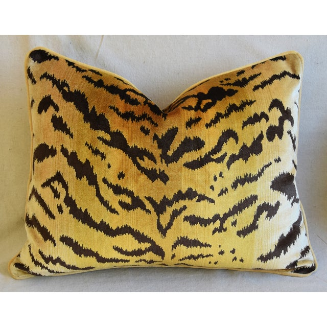 """Late 20th Century Scalamandre Le Tigre Tiger Silk Feather/Down Pillows 23"""" X 18"""" - Pair For Sale - Image 5 of 12"""