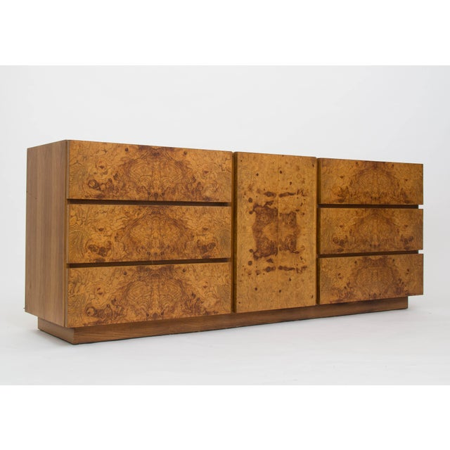 Olive Burl Wood Credenza or Dresser by Milo Baughman for Lane For Sale In Los Angeles - Image 6 of 8